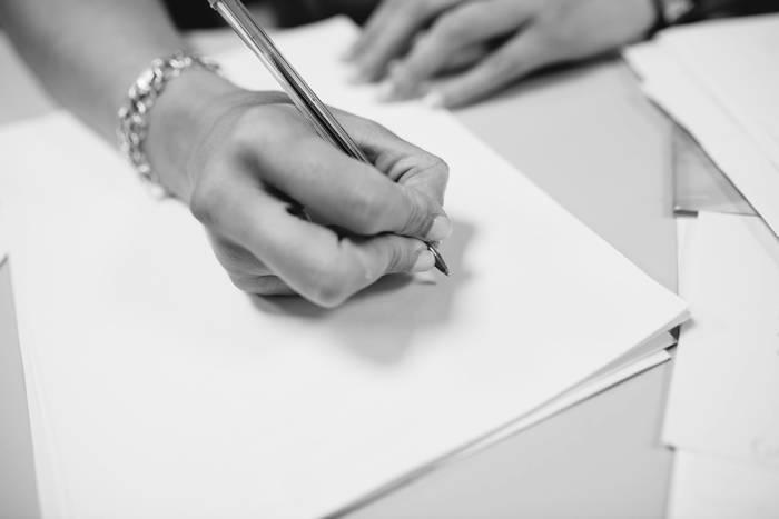 Servicios de abogacía para empresas y particulares